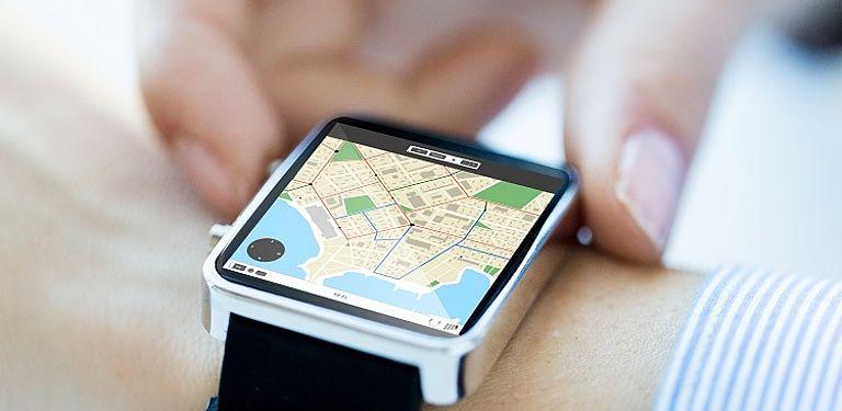 Smarte Navigation auf einer Uhr; Symbolbild: Colourbox