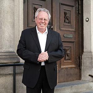 Prof. Dr. Peter Fonk, Lehrstuhlinhaber für Theologische Ethik
