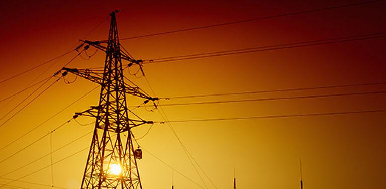 Bild eines Strommast zum DFG-Projekt Schwarzstart - neue Strategien gegen Blackout