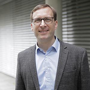 Professor Jan Schumann